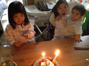次女3歳の誕生日写真(20130224)