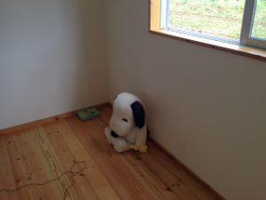 竣工検査の日に子供室にいたスヌーピー。