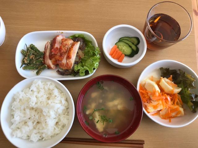 園内調理された園児たちのご飯を一緒にいただきました@須磨うみとやま保育園